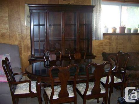 Dining Room Table And Hutch For Sale Gibbard Dining Room Table And Hutch Montreal For Sale