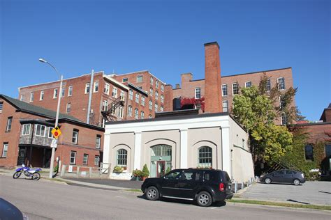 Mba Healthgroup Burlington Vt by Local And Global Manufacturers In Downtown Burlington By