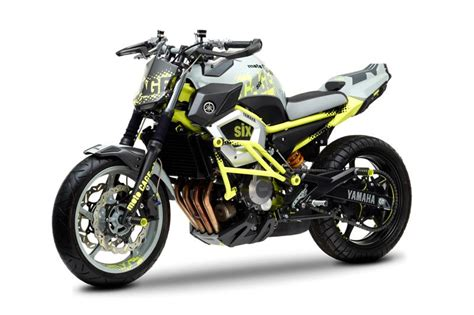 Yamaha Motorrad Touren by Yamaha Cage Six