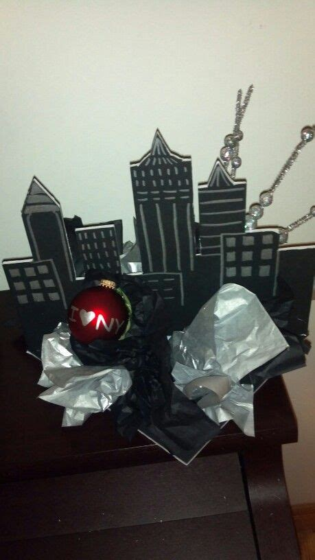 new york themed centerpiece new york the o
