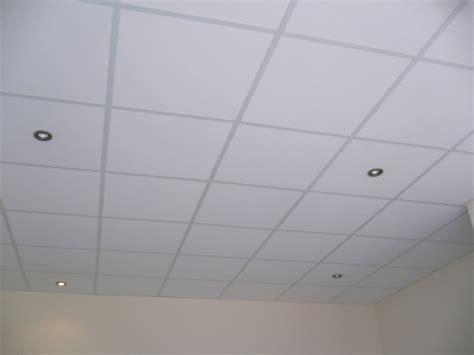 faux plafond dalle 600x600 dalle faux plafond 600x600 maison travaux