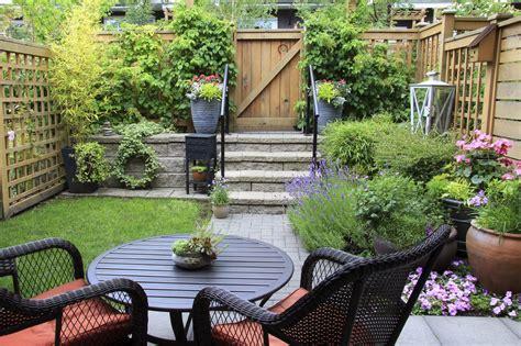 creating a small garden space how to make a garden with