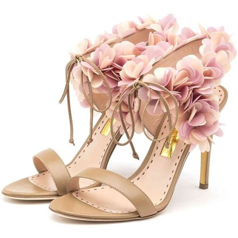 chagne sandals heels shoes summer trends i can t wait to change the wardrobe