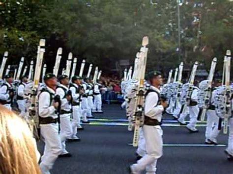 imagenes 12 de octubre 12 octubre 2009 desfile militar operaciones especiales