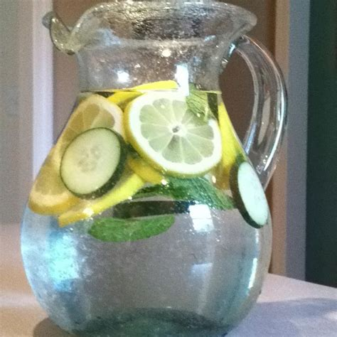 Sassy Water Detox Recipe by 17 Best Ideas About Sassy Water On Flat Belly