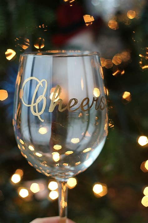Decorating Glass With Sharpies by Vie Diy Wine Glasses Using Sharpies Vie
