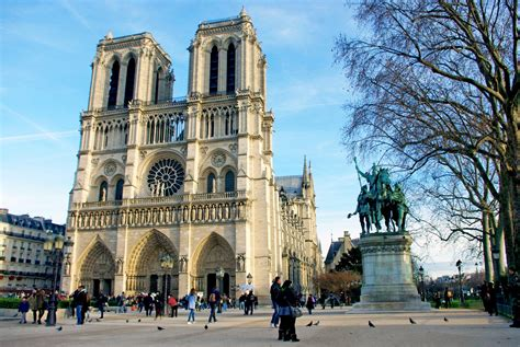 notre dame of paris no christmas tree in front of notre dame cathedral this year french moments
