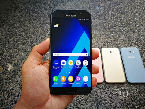 Samsung Galaxy A7 Hd Amoled Android New 2017 a closer look of the 2017 samsung galaxy a7 in 4 colours