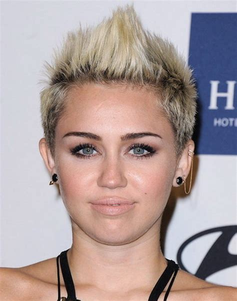 Miley Cyrus Hairstyle by 10 Miley Cyrus Hairstyles To Rock In 2017