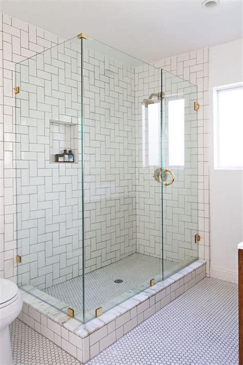 86 Best Different Ways Of Tiling Images On Pinterest Glass Bathroom Tiles Shower