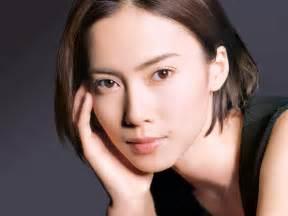中谷美紀 美人顔 男顔の女優 アイドルまとめ naver まとめ