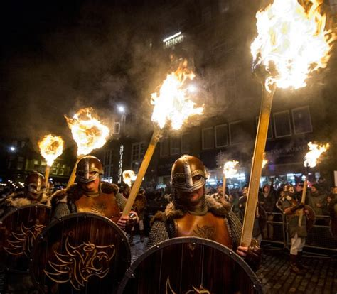 new year traditions open windows edinburgh s 2018 new year celebrations start with stunning