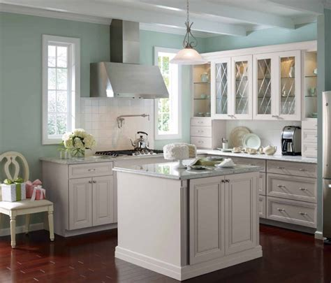 12 Inspirations Of Best Paint Colors For Kitchen With Kitchen Cabinets In White