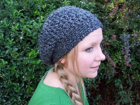 crochet hat pattern homespun yarn lovely lady slouchy hat stitch11
