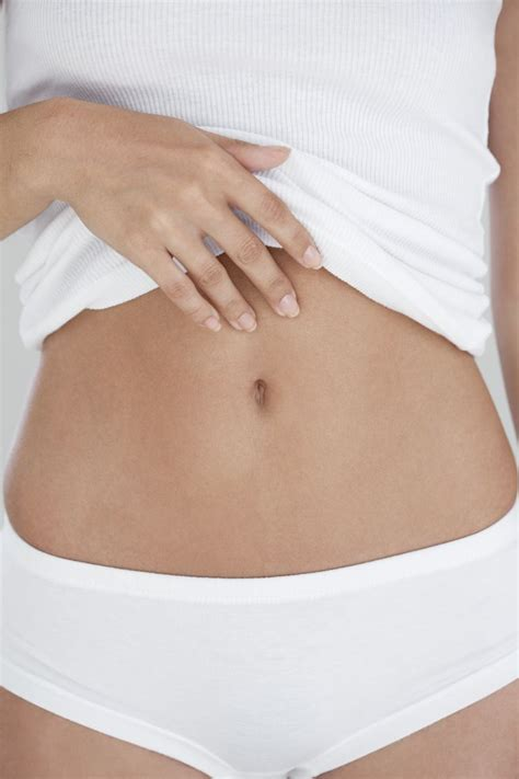5 At Home Waxing Tips From The Pros by How To Wax Hair Expert Tips From The Pros