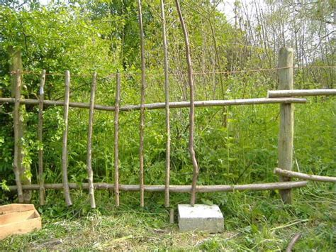 Cheap Garden Fence Ideas 31 Best Images About Garden Fences On Pinterest Gardens For Dogs And Diy Fence