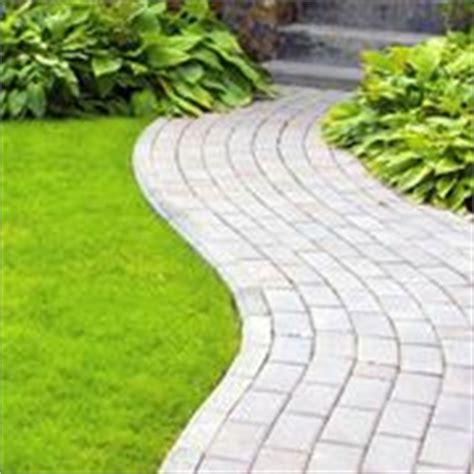 Come Pavimentare Un Giardino Spendendo Poco by Fare Un Bel Giardino Giardino Fai Da Te