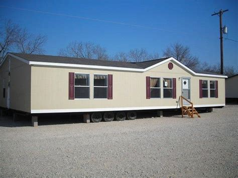 what s the difference between manufactured homes vs