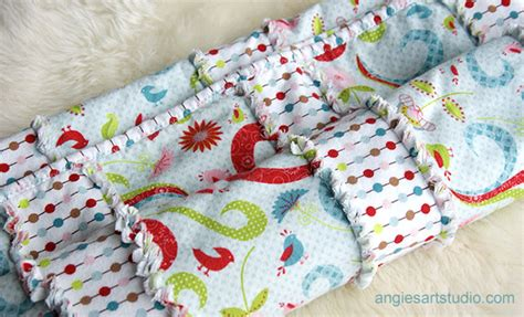 an easy and simple way to make a baby rag blanket angie