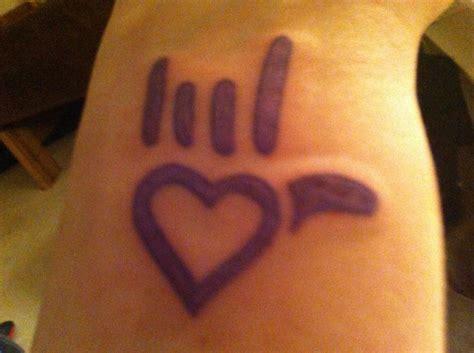 tattoo i love you sign language sign language i love you tattoo tattoos pinterest