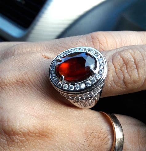 batu garnet merah oleholehetam