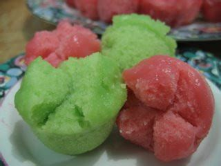 kue mangkok pin by thaisa on food and drinks pinterest