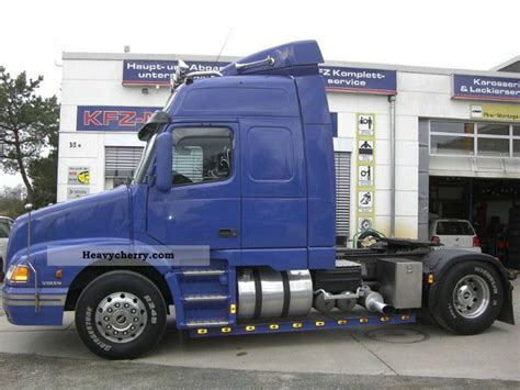Volvo Nh12 420 Globetrotter Manual 2001 Standard Tractor