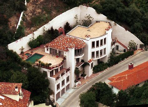 stars houses ben affleck hollywood hills celebrity homes lonny