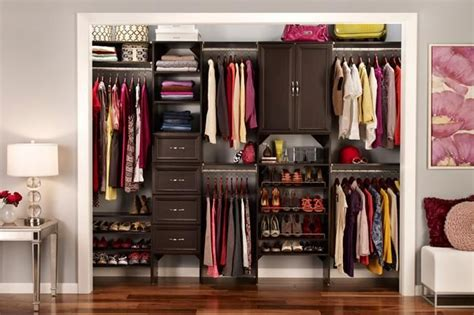 Closetmaid Wood Closet Systems Closetmaid S Suitesymphony A Laminated Wood Closet System