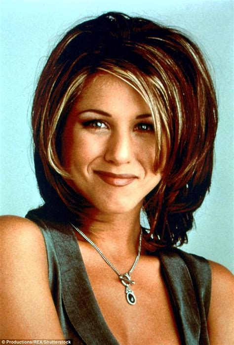 the 1990s hit the rachel hairstyle sarah harris sports rachel hairdo in throwback snap