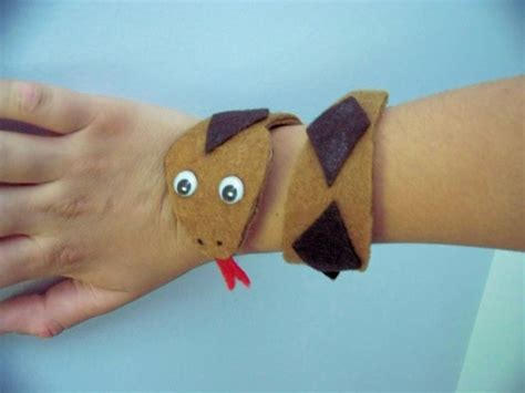 Kids Wearable Snake Craft   momeefriendsli