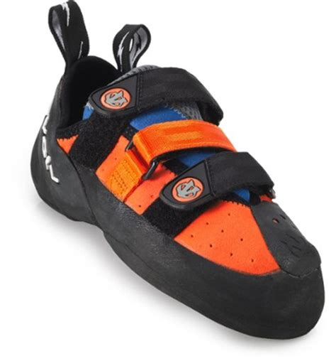 downturned climbing shoes evolv shaman climbing shoes rei