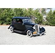 1934 Ford Victoria Deluxe Traditional Hot Rod  2 Door