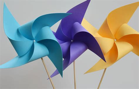 How To Make A Paper Pinwheel That Spins - how to make paper pinwheels 35 diys guide patterns