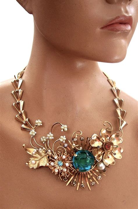 Trend Worth Trying Jeweled Necklines by Best 25 Neckline Necklace Ideas On Necklace