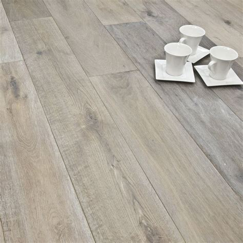 White Engineered Wood Flooring 1000 Ideas About Engineered Hardwood Flooring On Pinterest Engineered Hardwood Hardwood