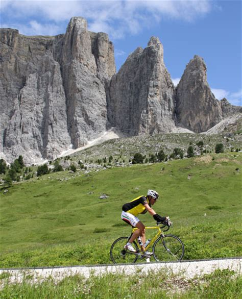 Sella Ronda Motorrad by Sellaronda Bike Day Vivoaltoadige