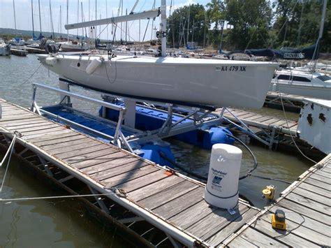 boat manufacturers in kansas sailboat lift in kansas boat lift