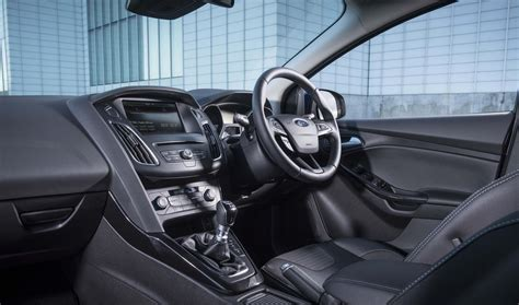 Ford Focus Interior Dimensions by Ford Focus Sizes And Dimensions Guide Carwow