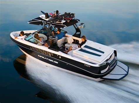 research 2010 correct craft nautique crossover - Where Are Nautique Boats Built