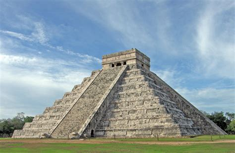 ancient civilizations a captivating guide to mayan history the aztecs and inca empire books chichen itza