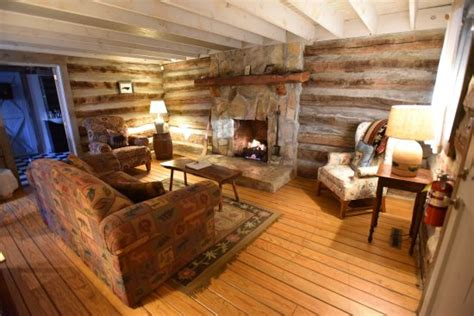 the living room pilot mountain nc pilot knob inn pilot mountain отзывы фото и сравнение цен tripadvisor