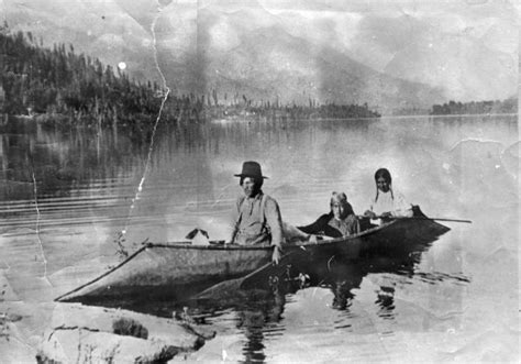 canoes in the 1800s paddling a sturgeon nosed canoe google search skin on
