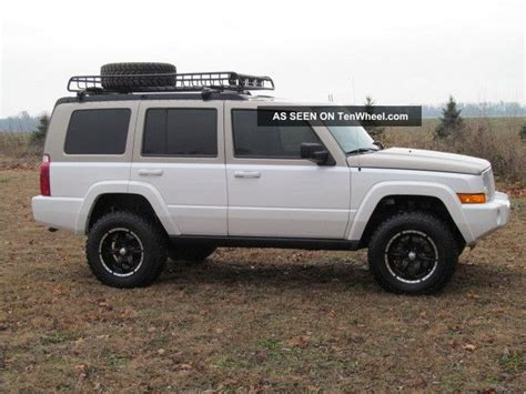Lifted Jeep Commander 2006 Jeep Commander Custom Lifted