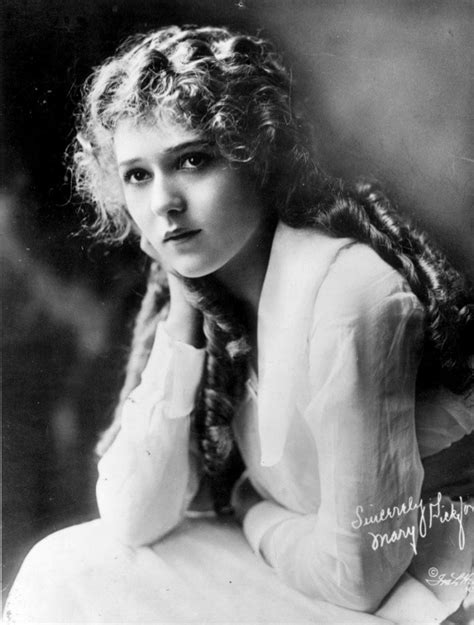 1920 Updo Hairstyles by 1920s Hairstyles Curly Bobs Updos