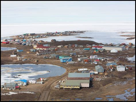 Cool Houses Com by Building The Inuvik To Tuktoyaktuk Highway In The Arctic