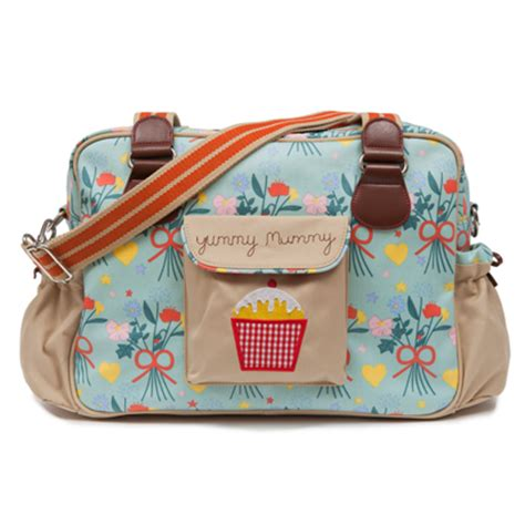 Diaper Bag Giveaway - pink lining yummy mummy diaper bag giveaway