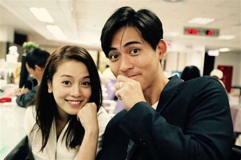 fs vic chou weds girlfriend   years reen yu