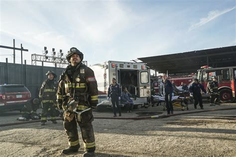 chicago fire tv show cancelled tuesday tv ratings chicago fire izombie scorpion