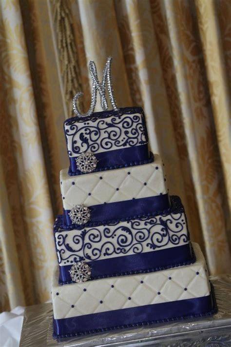 Royal blue and white wedding cake   Wedding   Pinterest